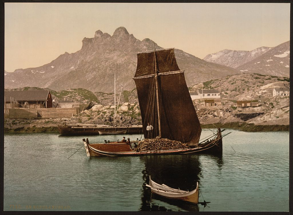 In_Nordlandsbaad,_Nordland,_Norway_(LOC)